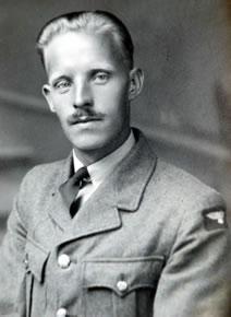 Image: Howard Baker (RAF) Air Craftsman
